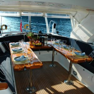 small-yacht-interior-dining-table